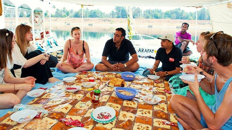 Felucca-boat-on-the-Nile-Egypt.jpg