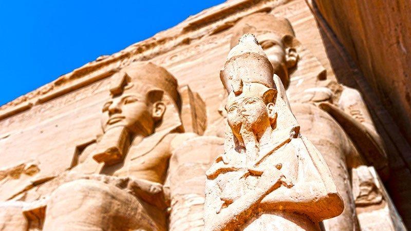 abu-simbel-statues-egypt.jpg