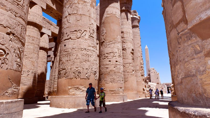 hypostyle-hall-karnak-luxor-egypt.jpg