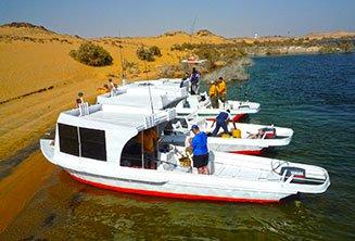 safari-boat-lake-nasser.jpg